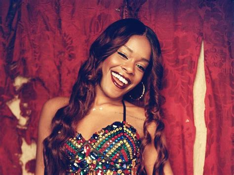 Banks Herself by Warrant Issue For Azealia Banks Arrest After Missing Court