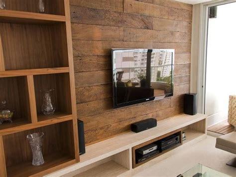 painel de madeira de demolicao peroba rosa  tv