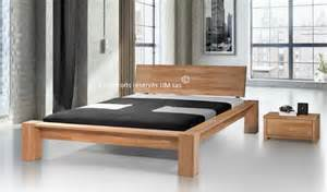 lit en bois massif moderne haut