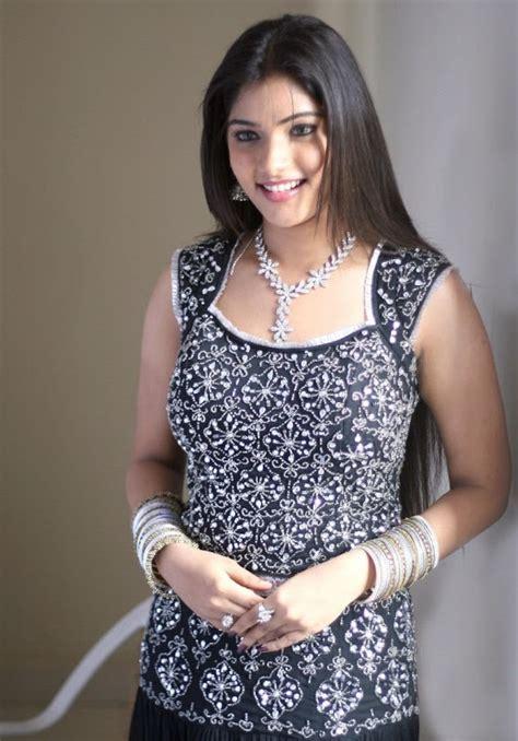 thamirabarani heroine hot photos banu biography top bollywood actress