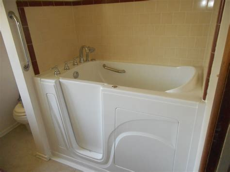 Price Of Walk In Bathtubs by 1 Day Installation Walk In Tubs South Carolina Sc Walk