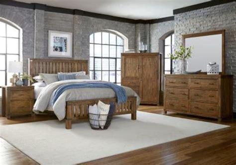 Distressed Wood Bedroom Set Maine Craftsman Everett Maine Bedroom Furniture