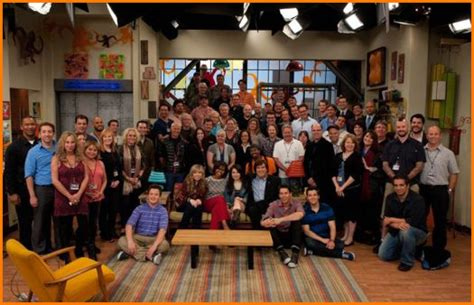 icarly cast and crew icarly full cast and crew newhairstylesformen2014 com