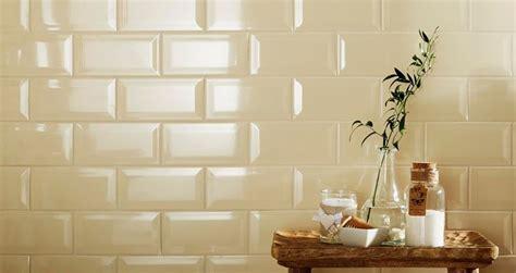 piastrelle cucina rettangolari come mettere le mattonelle in cucina mattonelle