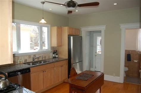 Kitchen Wall Colour by Kitchen Paint Colors With Maple Cabinets Tried To Get A