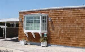 are modular homes worth it is this really worth 2 million mobile home next to