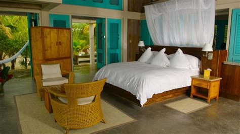 Tropical Bedroom Decorating Ideas Pictures by Tropical Bedroom Decor Marceladick