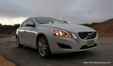 review  volvo   awd  truth  cars
