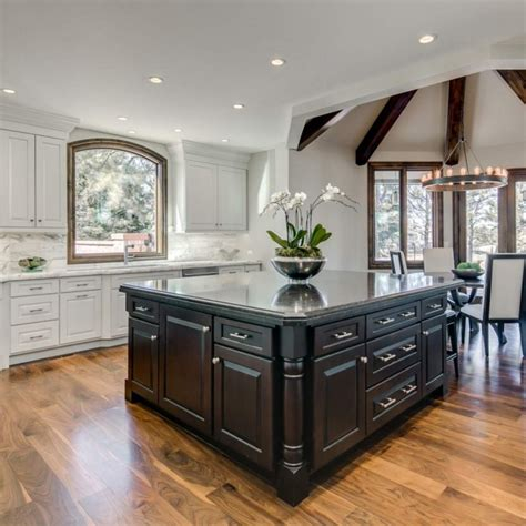 The Kitchen Showcase by Tks Has The Best Countertops And Cabinets For Your Renovation