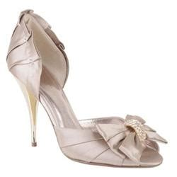Tyrie From Moda In Pelle To Be Available In Fuchsia And Taupe by Evening Shoes