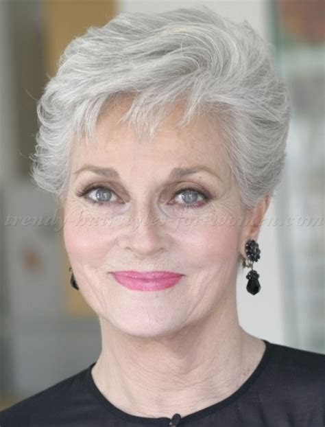 short haircuts fir over60 with a wave short hairstyles for women over 60 as the amazing style