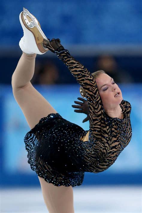 natalia popova performs   womens figure skating