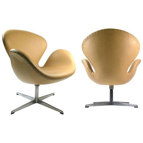 fritz hansen chair replica swan chair swan chair by arne jacobsen leather platinum