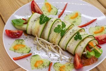 can dogs eat bok choy zucchini bok choy rolls with sprouts food dishes health and happiness