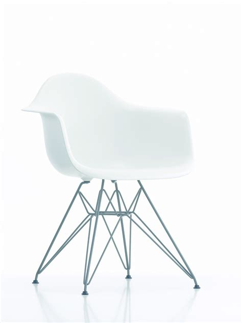 dar armchair 431705 eames dar armchair white with chrome base 163 310 film and furniture