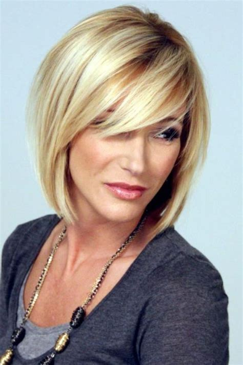 Haircuts Trends 2017/ 2018   Long, side swept bangs with