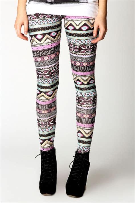aztec pattern leggings outfit tumblr fashion aztec print leggings are a must attire