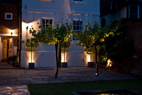 How To Place Landscape Lighting Garden Lighting Gallo Gardens Landscape Service