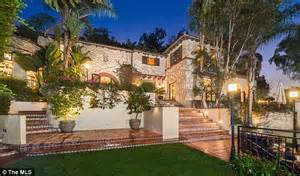 hollywood mansions melanie griffith rents hollywood hills mansion after