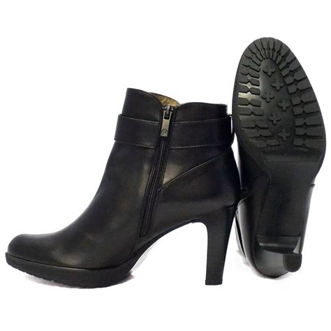 Ankle Leather Booties sepatuolahragaa black leather ankle boots images