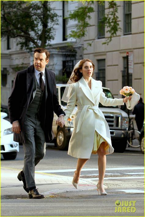 alison brie wedding jason sudeikis alison brie get married in their movie