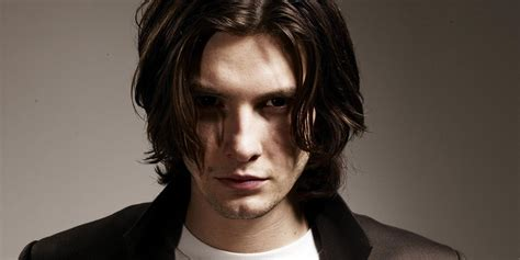 ben the the punisher tv series casts ben barnes as a villain