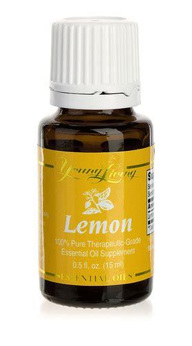 Living Essential Oils Lemon Detox by Lemon Essential Uses Living Lemon