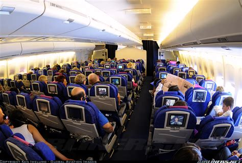 Airplane Cabin by 8 Tips On Airplane Etiquette International Business