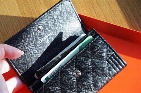 Tas Chanel Boy 2810 Gold Black Hardware Semi Original mijn chanel boy cardholder in grained lambskin so black