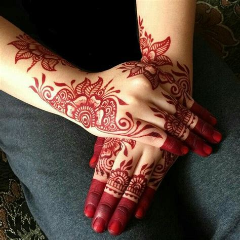 henna tattoo red best 25 henna ideas on thigh henna henna