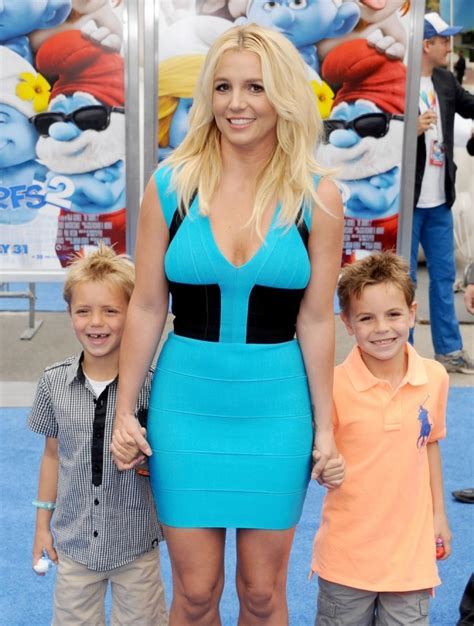 Kevin Federline Fighting For Custody by Ex Says Custody Fight For Sons Left