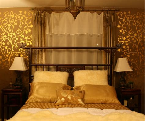 Gold Bedroom Ideas | apartmentf15 gold bedroom