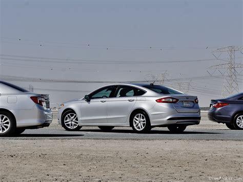 Ford Fusion Vs Toyota Camry فورد فيوجن 2015 نحن في منافسة بين تويوتا كامري وهيونداي