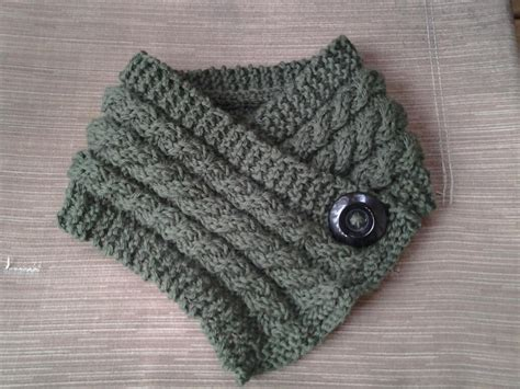 neck warmer knitting pattern 3 cables neck warmer free pattern knittingwithoutanet