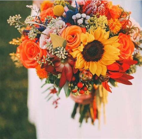 fall color bouquets for weddings best 25 fall wedding