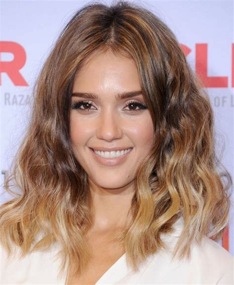 curly blunt cut top jessica alba hairstyles girls hair ideas