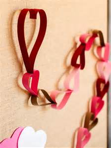 Heart Shaped Vases Anniversary Decorations Ideas To Surprise Your Husband