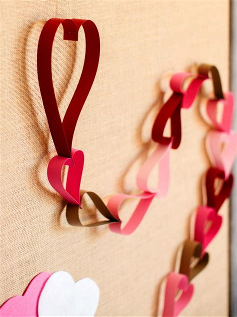 Home Decorating Style Names by How To Make A Valentine S Day Countdown Paper Chain How