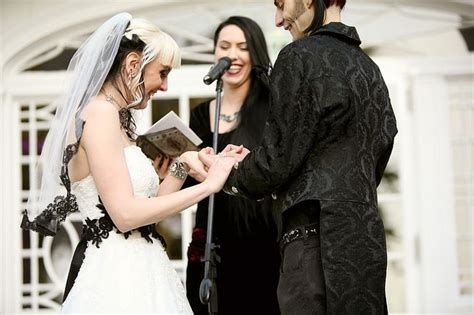 Wedding Bible Readings That Don T Mention God how do you a wedding ceremony without a bible