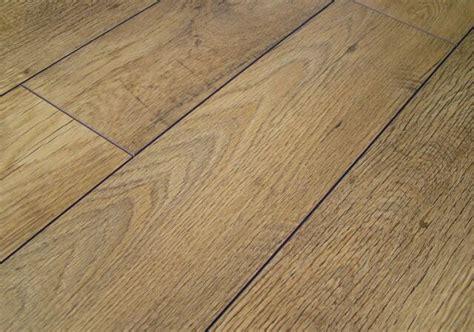kaindl rustic country oak laminate flooring pallet deal
