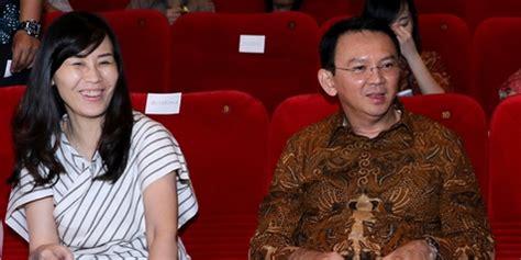 ahok tentang zaskia zaskia gotik hina indonesia ahok bandingkan dengan mr