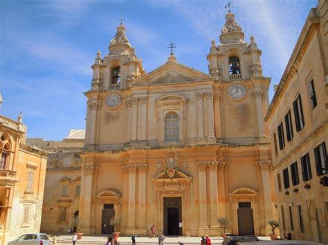 malta turisti per caso mdina la cattedrale di san paolo viaggi vacanze e