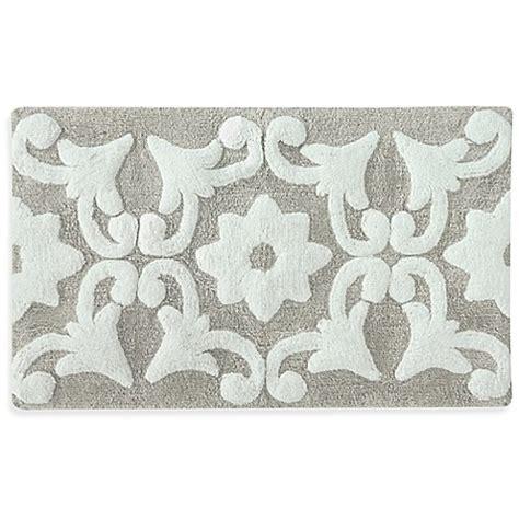 grey and white bath rug 21 inch x 34 inch bali bath rug bed bath beyond