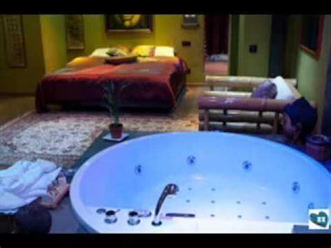 imagenes romanticas en jacuzzi hoteles con jacuzzi en la habitacion y musica rom 225 ntica