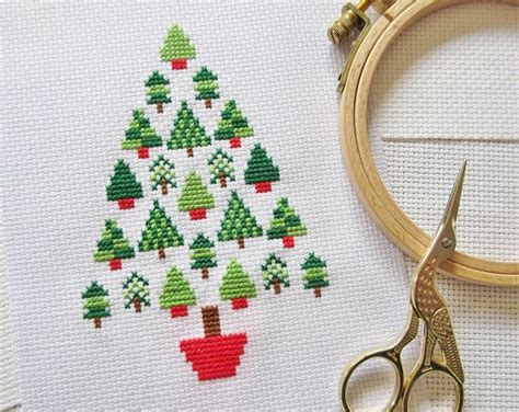 christmas tree pattern in c stitch a christmas tree made of christmas trees cross stitch
