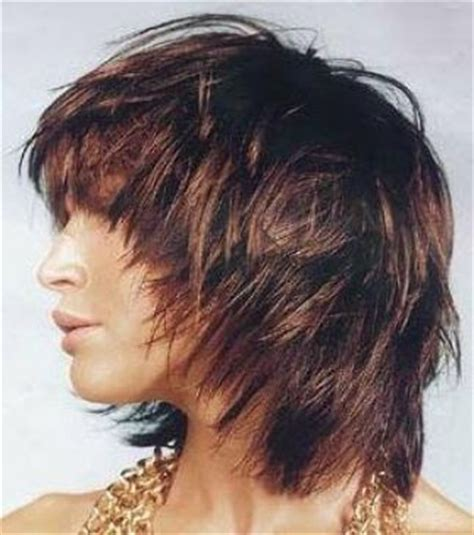 extravagantni strih střihy a 218 česy 2017 uces pro polodlouhe vlasy