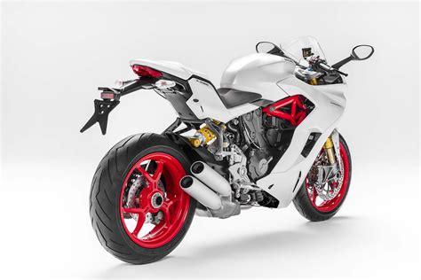 Motorrad Supersport by 2017 Ducati Supersport The Sport Bike Returns Asphalt
