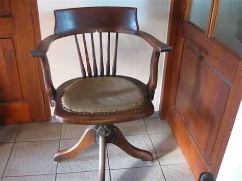 antieke bureaustoel  landzicht houtsberg