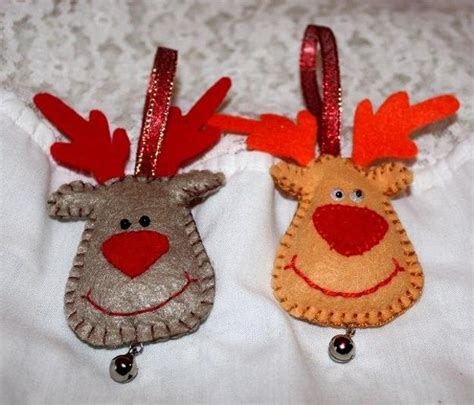 Handmade Felt Decorations - 22 felt crafts tree decorations