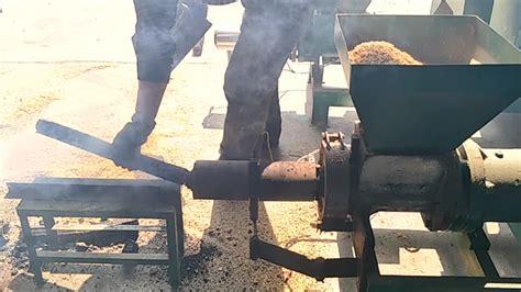 Gergaji Mesin New Wes desain baru briket serbuk gergaji harga mesin buy